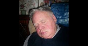 Jimmy-Sissons-Snoring-his-head-off1